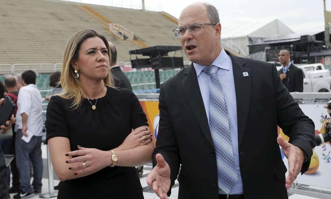 O governador do Rio, Wilson Witzel e a primeira-dama Helena Witzel em fevereiro de 2019 Foto: Domingos Peixoto / Agência O Globo