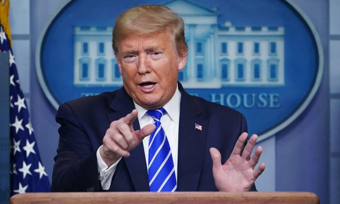 Presidente Donald Trump, durante entrevista coletiva na Casa Branca Foto: MANDEL NGAN / AFP / 23-04-2020