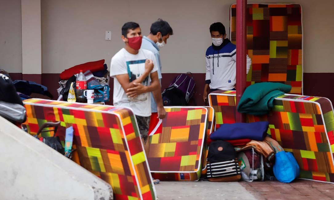 Bolivianos têm sofrido com as consequências da Covid-19 no país Foto: STRINGER / REUTERS