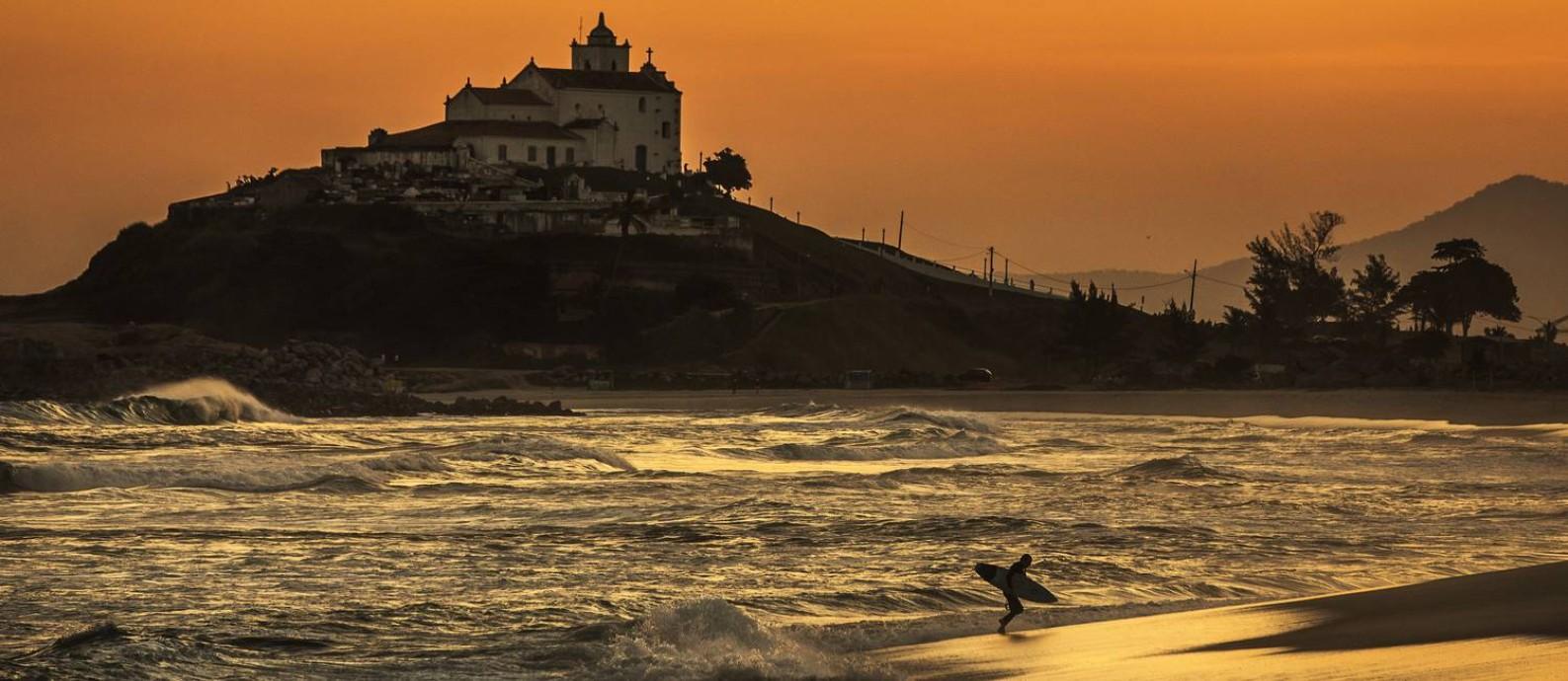 Palco da etapa brasileira do circuito mundial de surfe, Saquarema receberá o campeonato de 20 a 29 de maio de 2021 Foto: Guito Moreto / Agência O Globo