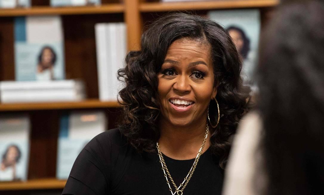 Michelle Obama durante evento de lançamento de sua autobiografia, 'Minha história', em Washington Foto: NICHOLAS KAMM / AFP