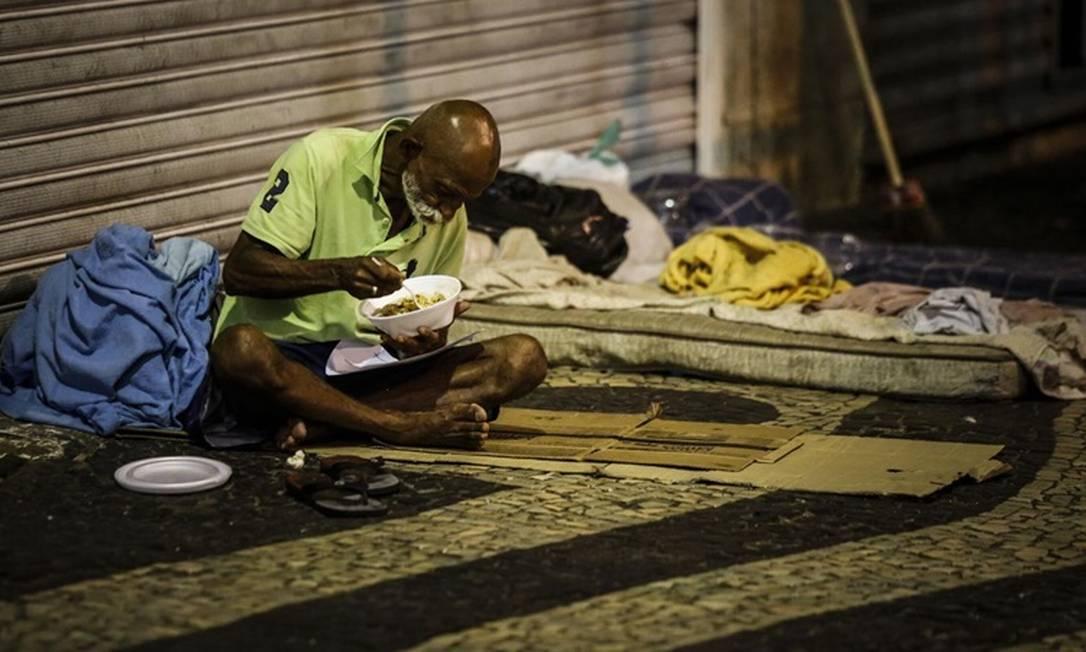 Abrigos da prefeitura do Rio para moradores de rua já atingiram capacidade máxima Foto: Agência O Globo