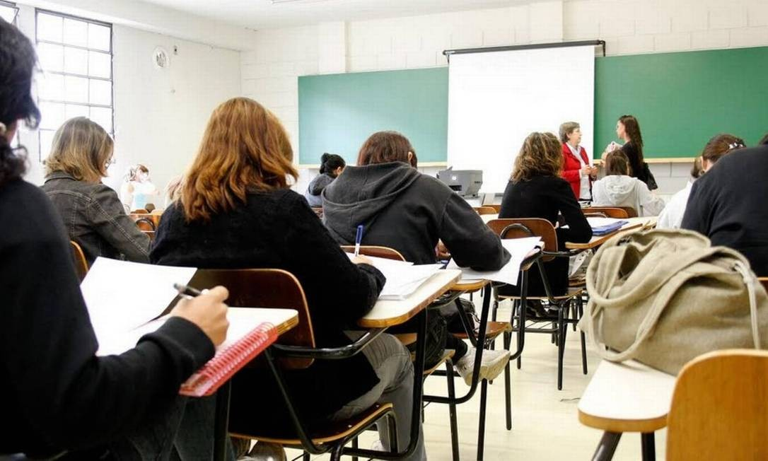 Saudades da sala de aula: alunos reclamam de mensalidades cheias no ensino remoto Foto: Divulgação