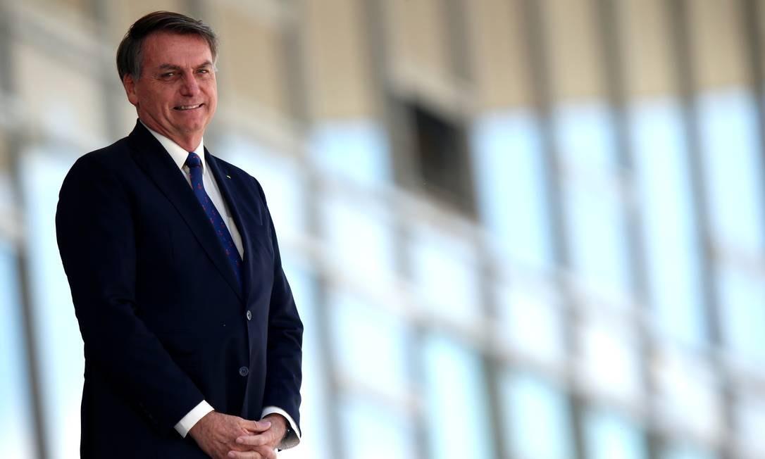O presidente Jair Bolsonaro, na rampa do Palácio do Planalto Foto: Ueslei Marcelino/Reuters/27-04-2020