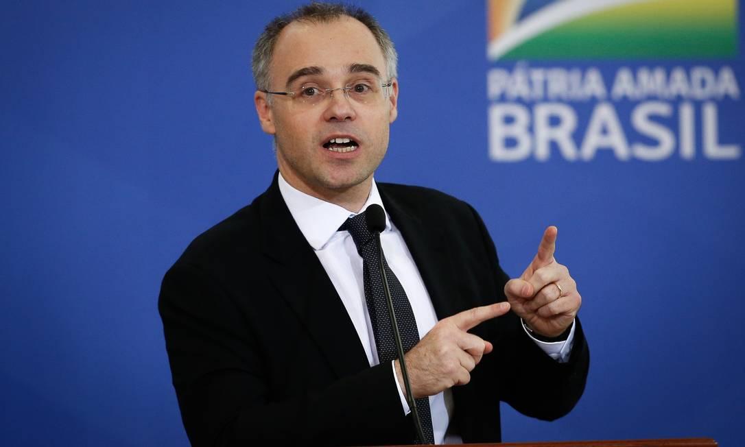 O ministro da Justiça , André Luiz de Almeida Mendonça Foto: Pablo Jacob / Agência O Globo