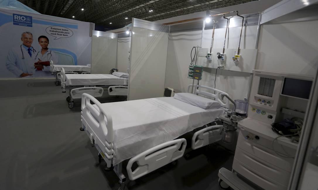 Hospital de campanha do RioCentro, na Zona Oeste do Rio, foi inaugurado na manhã desta sexta-feira, compresença do prefeito Marcelo Crivella Foto: Fabiano Rocha / Agência O Globo