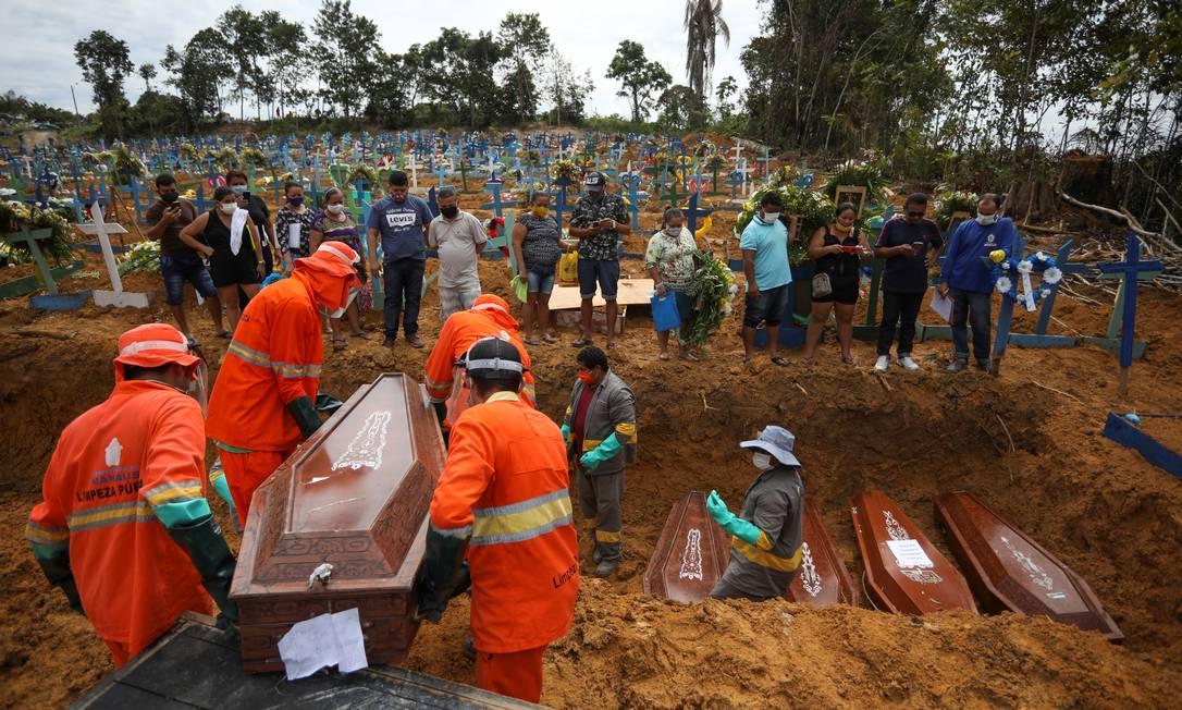 Manaus sofreu crescimento vertiginoso de mortes em abril Foto: BRUNO KELLY / REUTERS