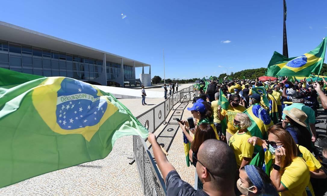 Apoiadores de Bolsonaro durante manifestação neste domingo em Brasília Foto: EVARISTO SA / AFP