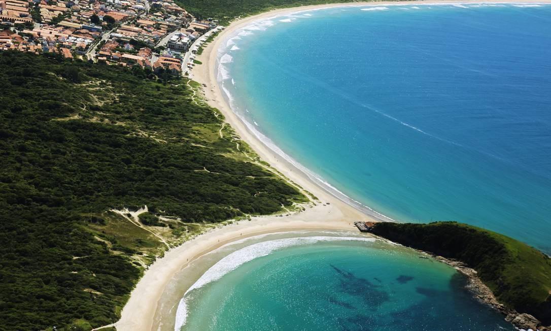 Praias do Peró e das Conchas, em Cabo Frio Foto: Ernesto Galiotto /