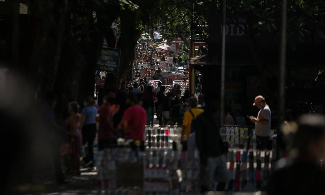 Movimentação no calçadão de Campo Grande 05.05.2020 Foto: BRENNO CARVALHO / Agência O Globo