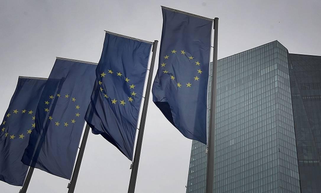 UE: queda recorde na economia do bloco. Foto: DANIEL ROLAND / AFP