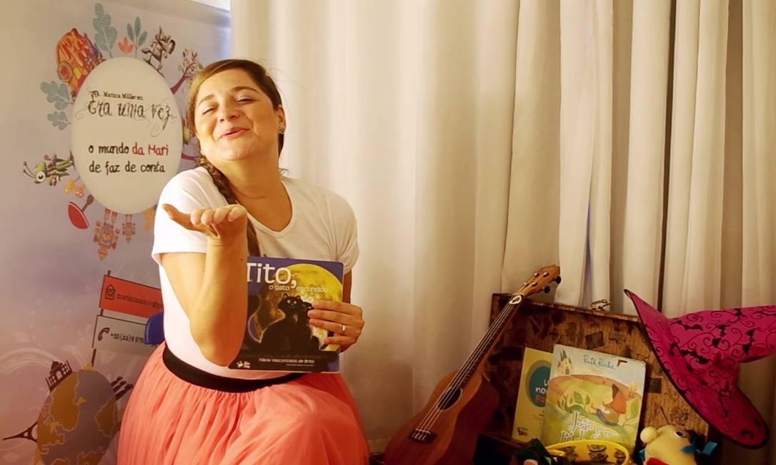 Mariana Müller conta histórias para crianças por meio de lives em seu perfil nas redes sociais. Foto: Divulgação