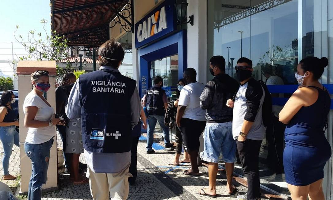 Objetivo da Caixa é evitar aglomerações em agências para retirada do auxílio emergencial Foto: Agência O Globo