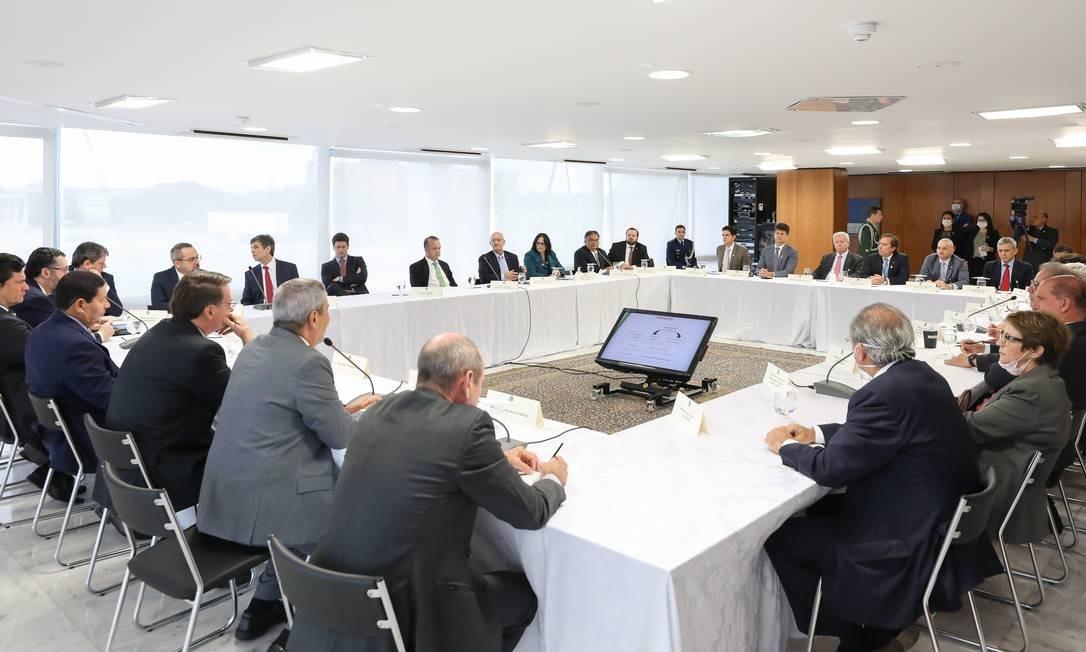 Reunião com presidente, ministros e vice, na qual Moro diz ter sido ameaçado Foto: Marcos Correa / PR