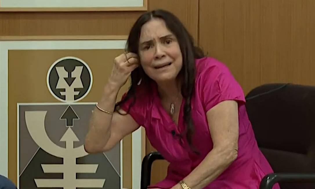 Regina Duarte durante a entrevista na TV Foto: reprodução