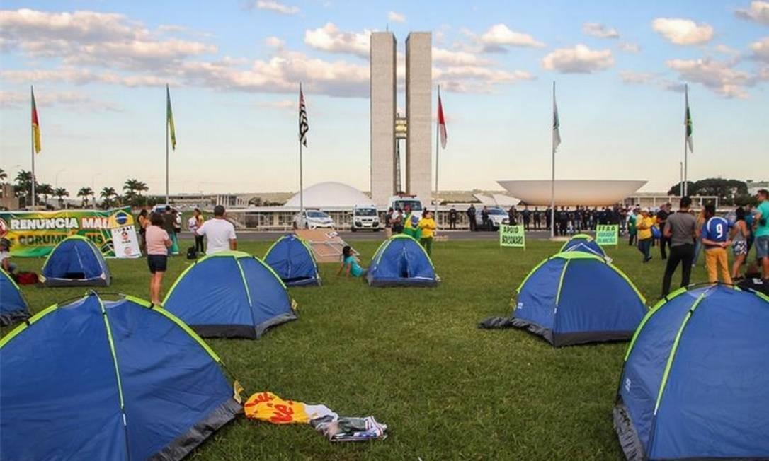 """Acampamento do """"300 do Brasil"""": barracas foram retiradas pela PM-DF, mas apoiadores se reúnem em chácara e defendem """"extermínio da esquerda"""" Foto: WAGNER PIRES/FUTURA PRESS/03-05-2020"""