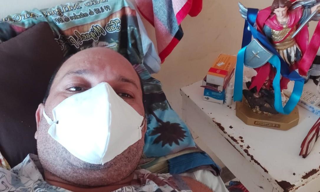 Raimundo Nonato Miranda, de 40 anos, internado no hospital de Melgaço, no Pará Foto: Arquivo pessoal