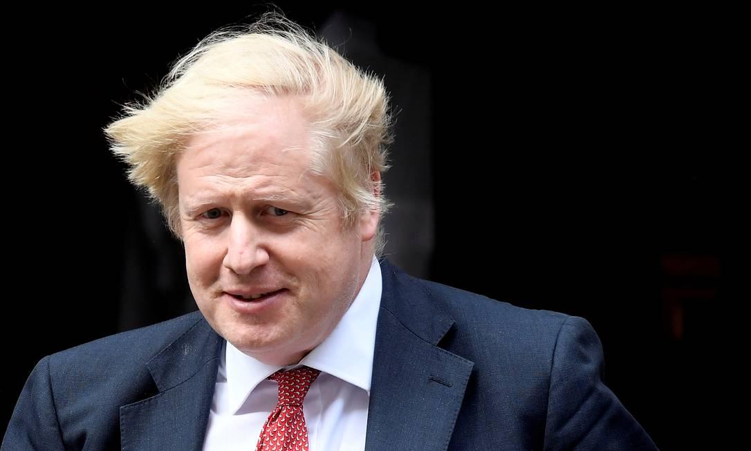 O primeiro-ministro britânico, Boris Johnson, que foi duramente criticado por seu plano de desconfinamento Foto: TOBY MELVILLE / REUTERS/11-05-2-2-