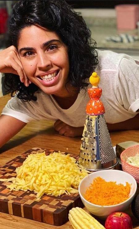Bela Gil ensina receitas saudáveis, em lives que ficam no seu Instagram Foto: Divulgação