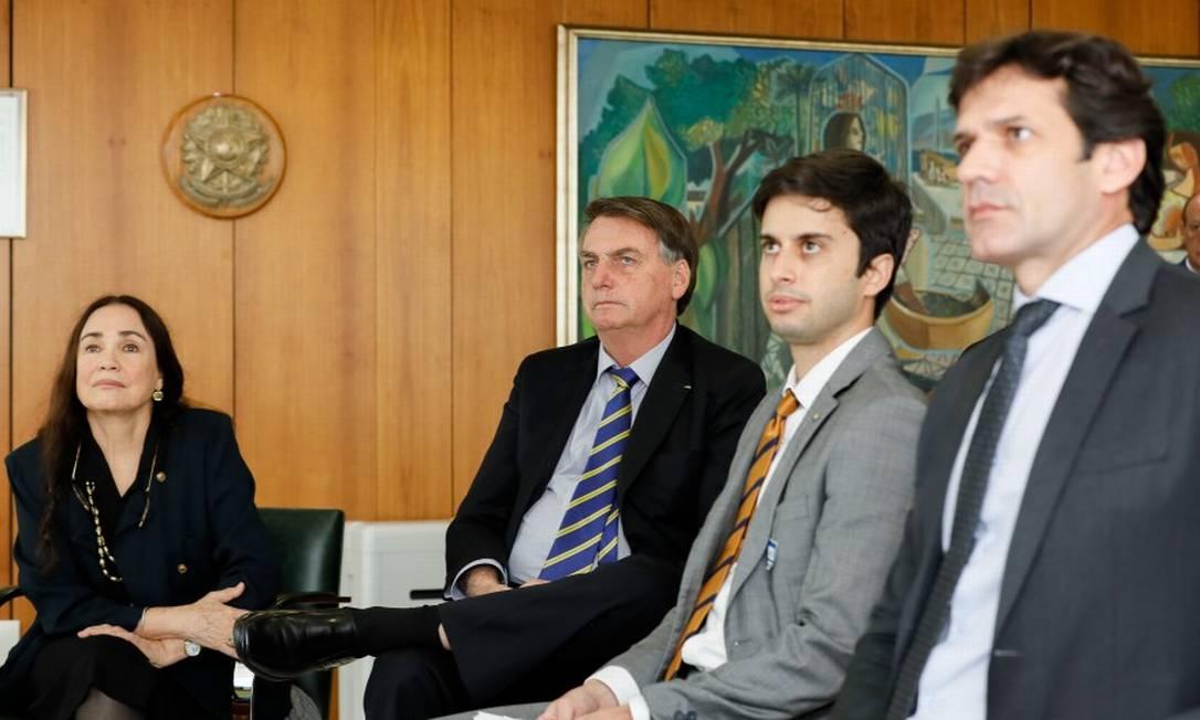 Ofício foi encaminhado ao ministro do Turismo, Marcelo Álvaro Antônio (à direita) Foto: Isac Nobrega / Divulgação