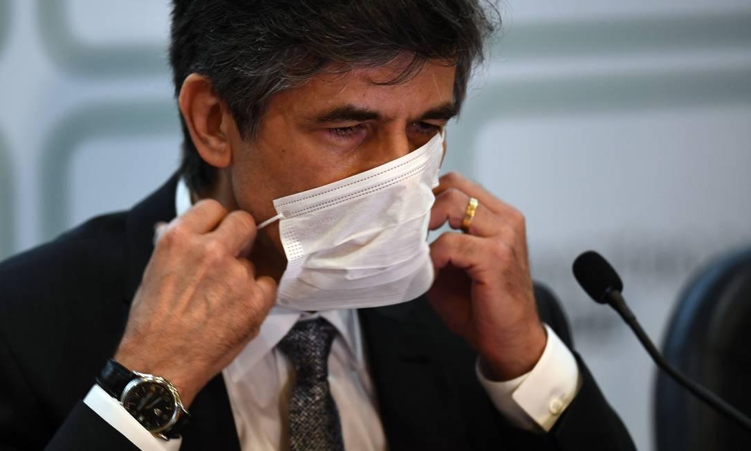 Nelson Teich anuncia que deixa o cargo no Ministério da Saúde Foto: EVARISTO SA / AFP