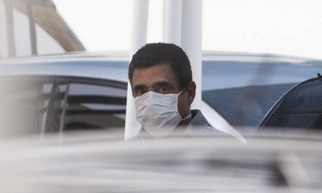 Mário Peixoto ao ser preso nesta quinta-feira Foto: Márcia Foletto/ Agência O Globo
