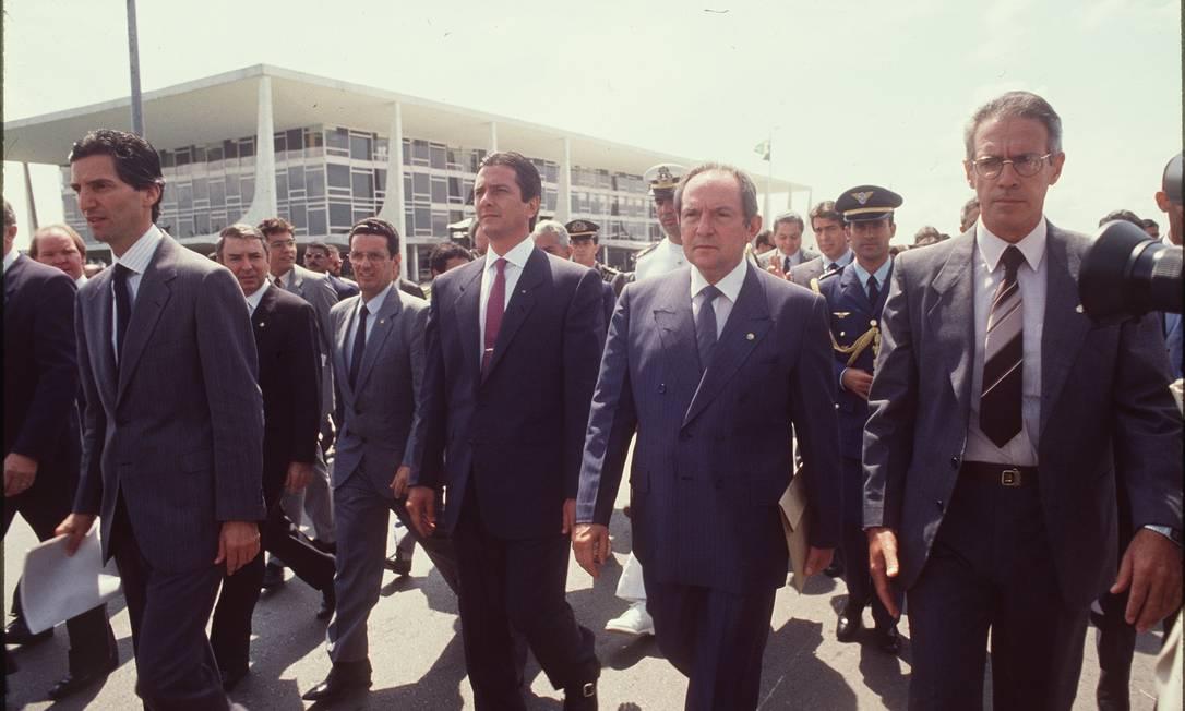Em 17 de março de 1990, Collor vai ao Congresso propor o confisco da poupança Foto: Josemar Gonçalves / Agência O Globo / 17.03.1990