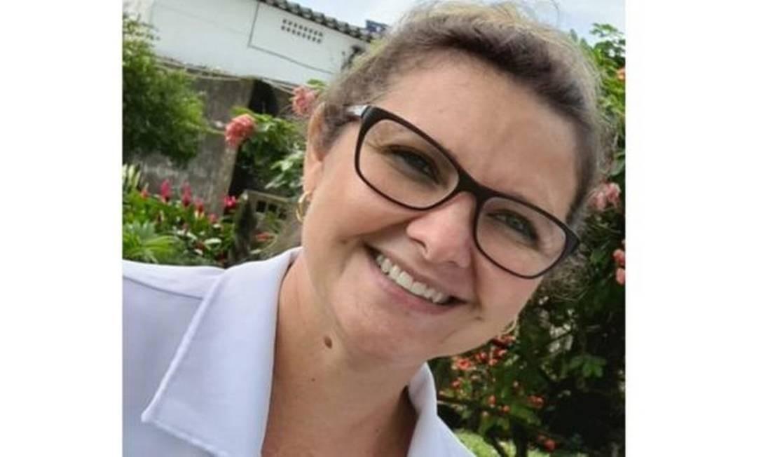 'Quando saio para trabalhar de manhã, eu tento vencer o dia', conta a enfermeira Alessandra de Mello à BBC News Brasil Foto: Reprodução