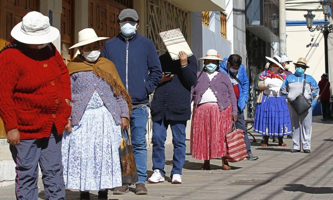Bolívia consegue até agora manter sob controle número de casos e vítimas da Covid-19 Foto: CARLOS MAMANI / AFP