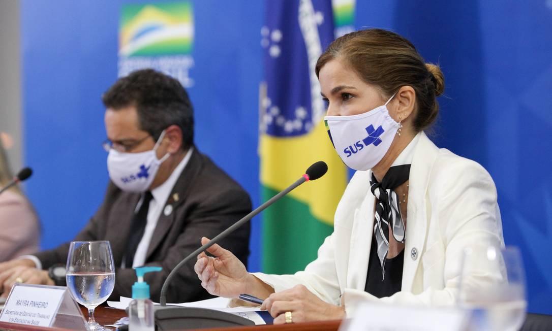 A secretária de Gestão do Trabalho e da Educação na Saúde, Mayra Pinheiro, em entrevista coletiva no Palácio do Planalto Foto: Júlio Nascimento/Presidência