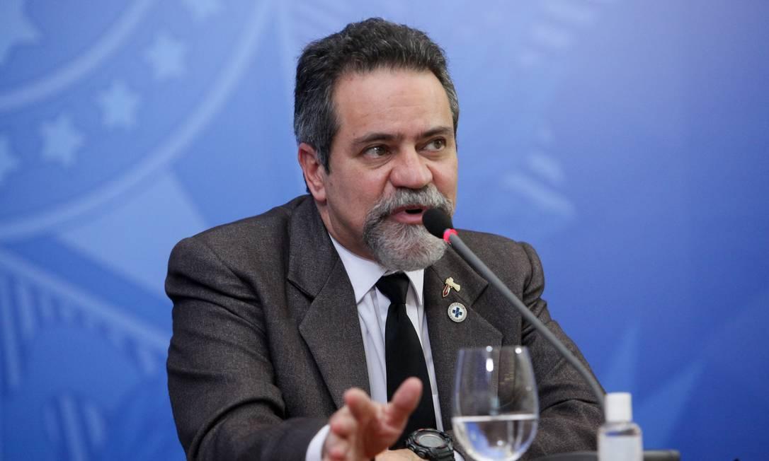 O secretário-executivo adjunto do Ministério da Saúde, Élcio Franco, durante entrevista coletiva no Palácio do Planalto Foto: Júlio Nascimento/Presidência