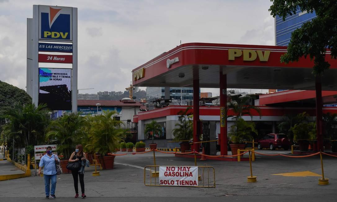 Posto de gasolina na Venezuela avisa que não há combustível à venda Foto: FEDERICO PARRA / AFP