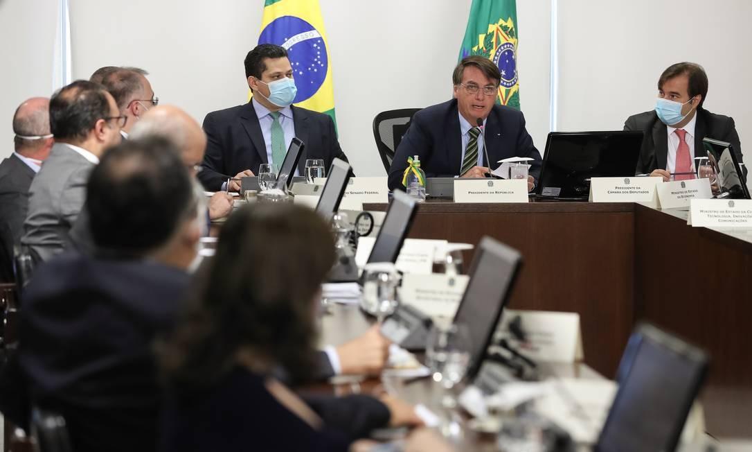 Reunião do presidente Jair Bolsonaro com os presidentes da Câmara, Senado e governadores Foto: Marcos Correa / Presidência da República