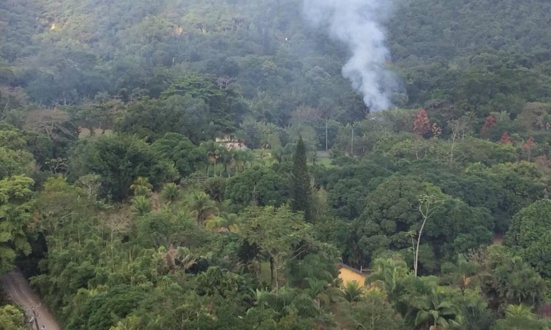 Segundo relatos, queimadas abrem clareiras Foto: Foto de leitor