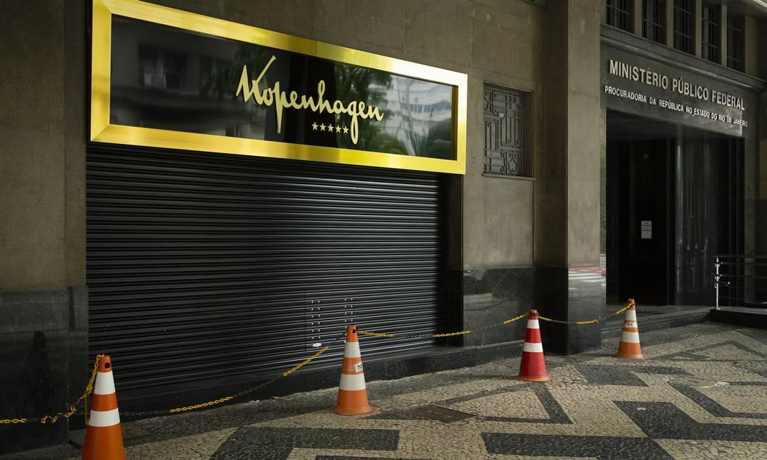 Fachada da loja de chocolates de ex-assessor de Flávio Bolsonaro, ao lado do Ministerio Público Federal, no Centro do Rio Foto: Leo Martins / Agência O Globo