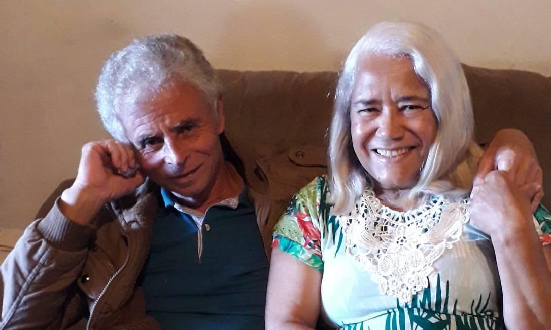 Casados há 47 anos, José Rocha e Maria da Glória se recuperam em casa após estarem curados da Covid-19 Foto: Arquivo pessoal