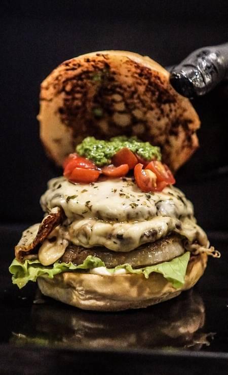 Hummburg tem receita especial para comemorar o Dia do Hambúrguer Foto: Divulgação