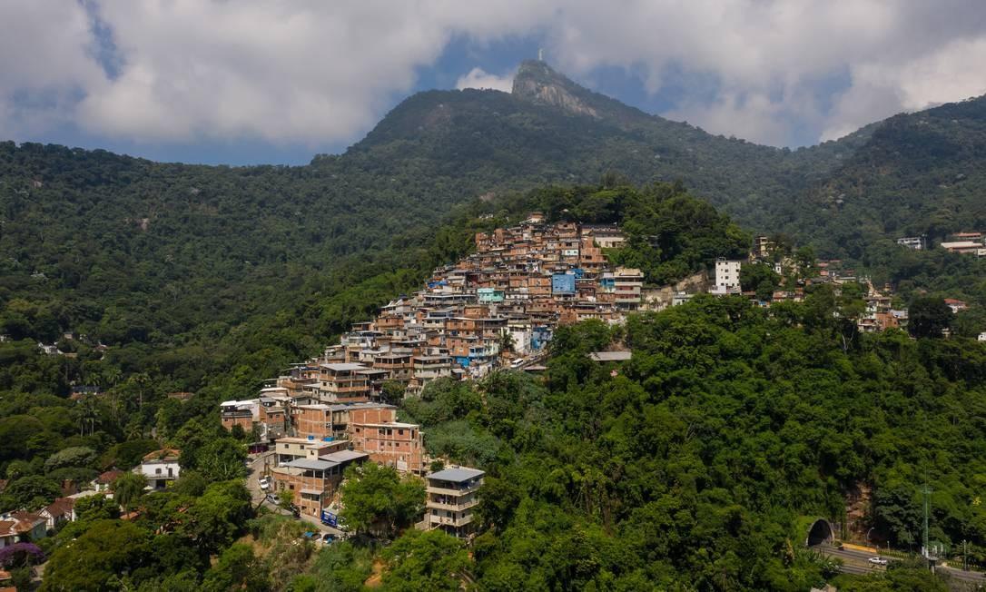 Comunidade da Ladeira Cerro Corá, no Cosme Velho, Zona Sul do Rio Foto: Brenno Carvalho / Agência O Globo