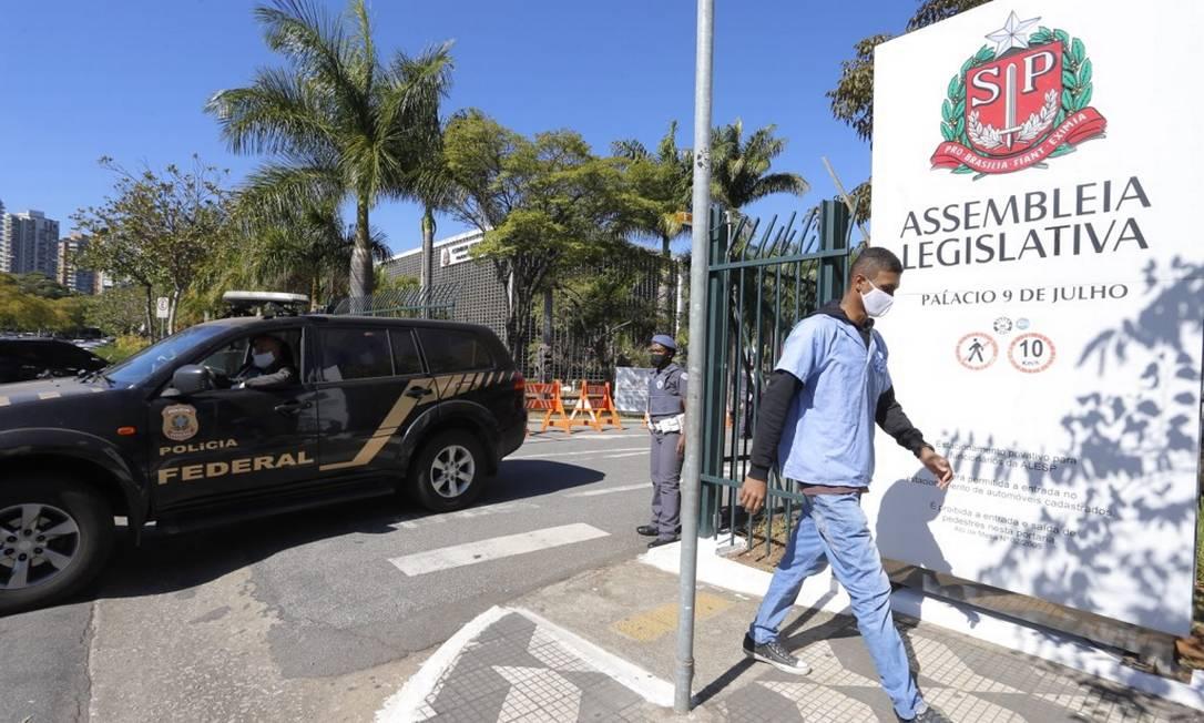 Policia Federal faz busca no gabinete do deputado estadual Douglas Garcia ( PSL-SP ) no inquérito do STF que investiga fake news Foto: Edilson Dantas / Agência O Globo