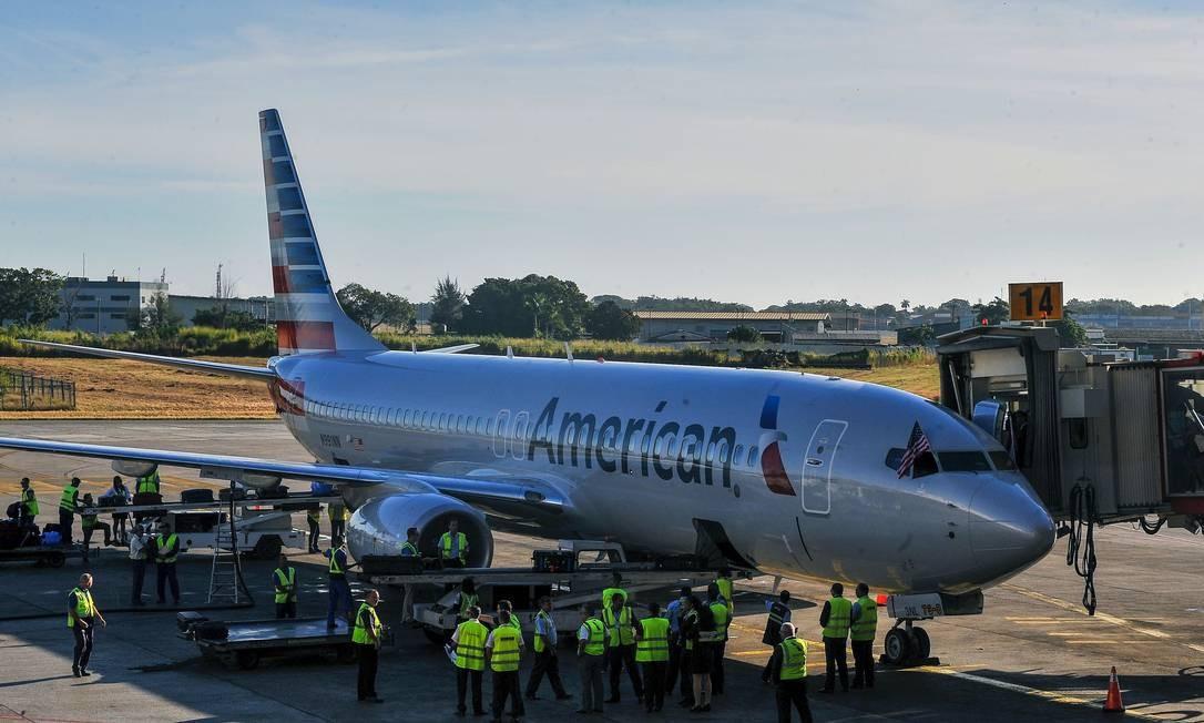 Governo Trump aperta cerco a Cuba e limita voos fretados para a ilha