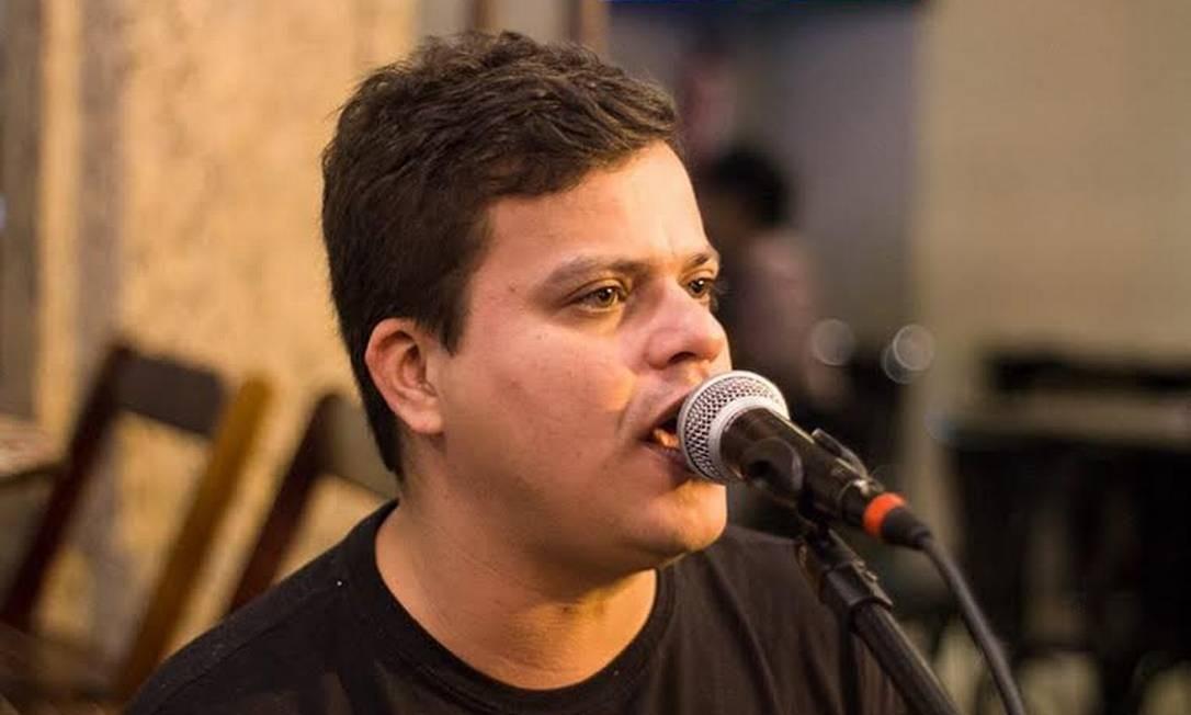 Expectativa: o sambista Pedro Ivo foi um do criadores da Frente Musical de Niterói para reivindicar benefício emergencial Foto: Divulgação