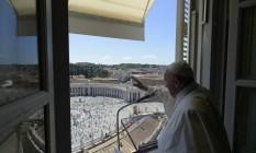Papa aparece diante de público menor do que o normal Foto: HANDOUT / AFP