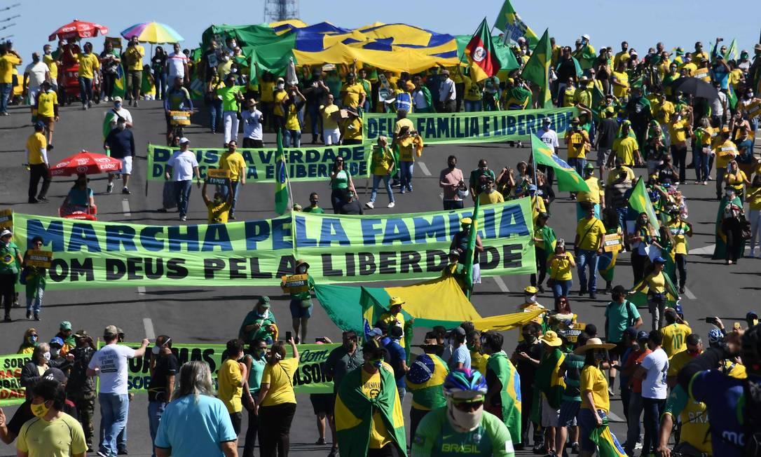 Ato foi convocado em apoio ao governo e com críticas aos demais Poderes Foto: EVARISTO SA / AFP