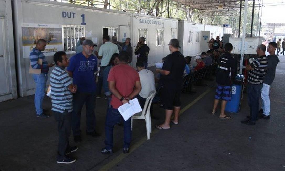 O Detran-RJ suspendeu serviços durante a pandemia, atendendo apenas casos emergenciais Foto: Pedro Teixeira / O Globo - 12.07.2019