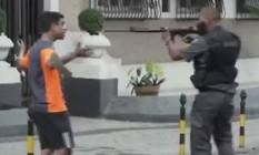 Jorge Hudson, de 27 anos, pensa em processar o estado Foto: Reprodução/Globonews