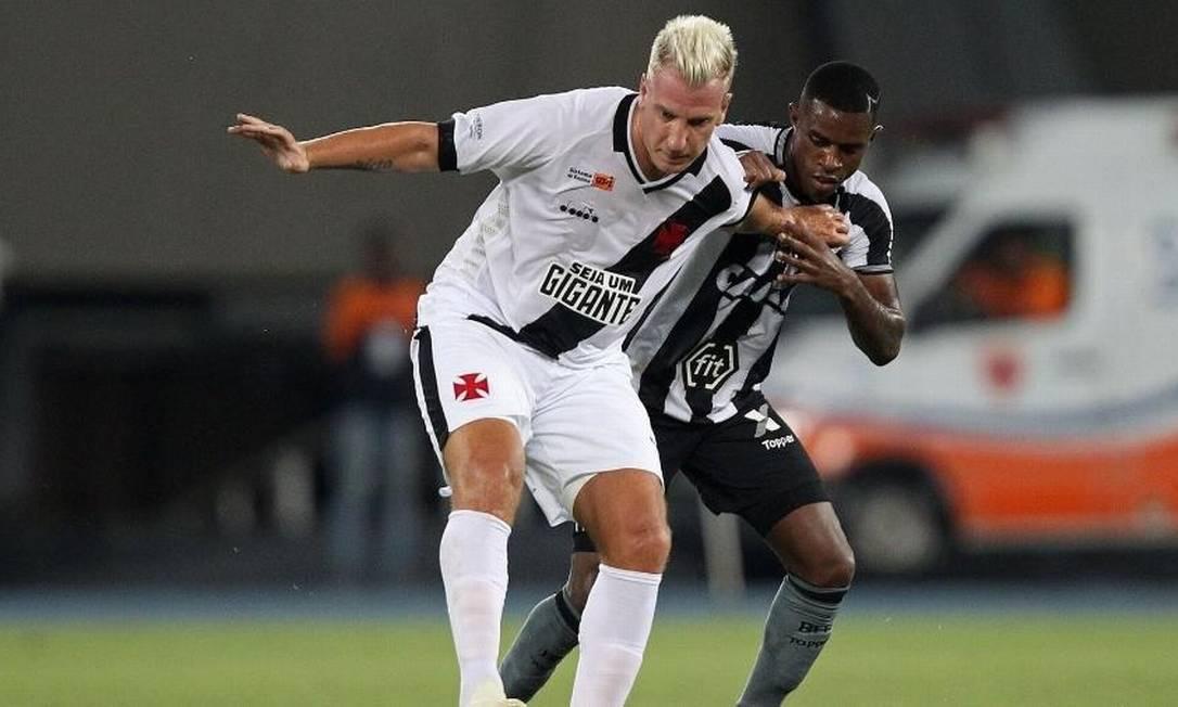 Maxi Lopez e Marcelo Benevenuto Foto: Vitor Silva/Botafogo