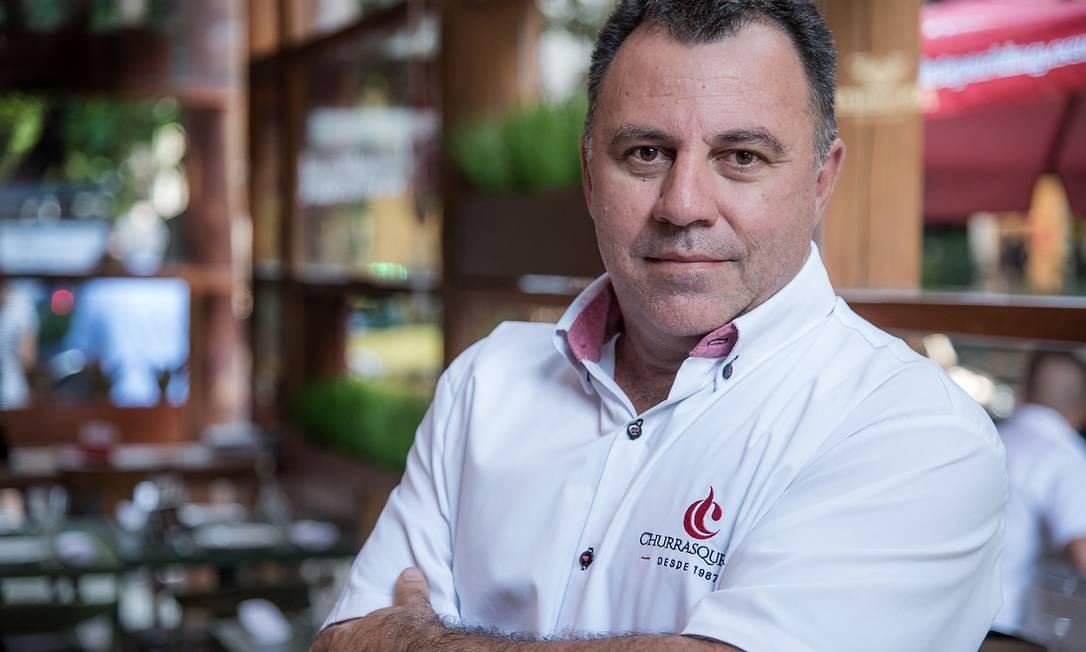 João Zuddio viu na venda de cortes crus uma oportunidade de negócio para sua churrascaria Foto: FILICO / Divulgação