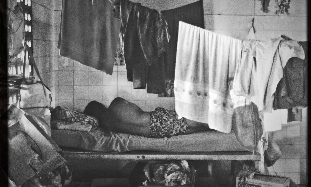 """Série de reportagens """"Loucura atrás das grades"""", de 2013. Na foto, detentos no Hospital Penitenciário Valter Alencar, em Teresina Foto: André Coelho / Agência O Globo"""