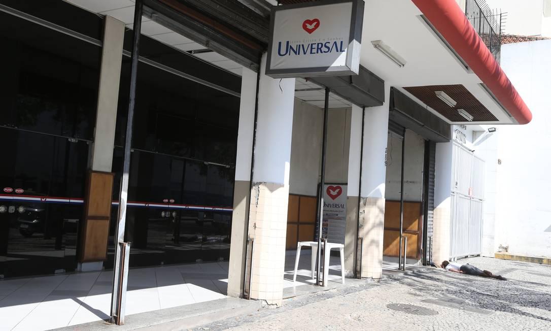 Igreja Universal aberta na Avenida 28 de Setembro, em VIla Isabel, na Zona Norte Foto: Pedro Teixeira / Agência O Globo
