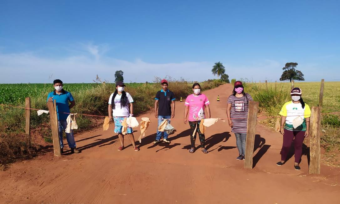 Índigenas de aldeia do povo Guarani Kaiowá fazem barreira para evitar contaminação por coronavírus Foto: Arquivo pessoal